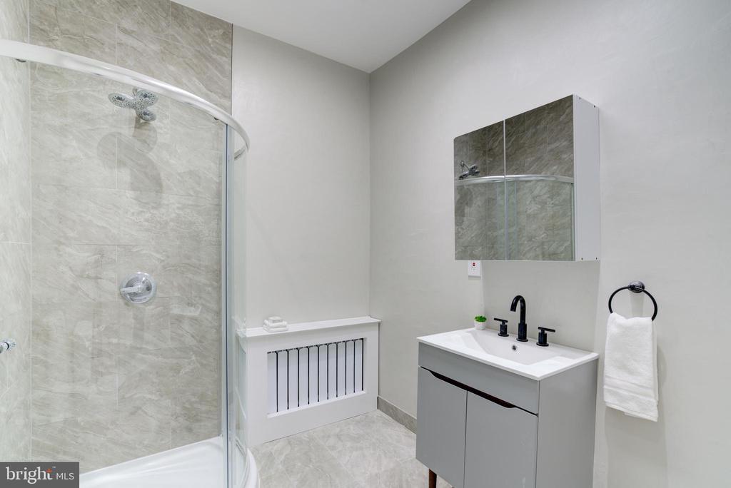 Bathroom - 2358 MASSACHUSETTS AVE NW, WASHINGTON
