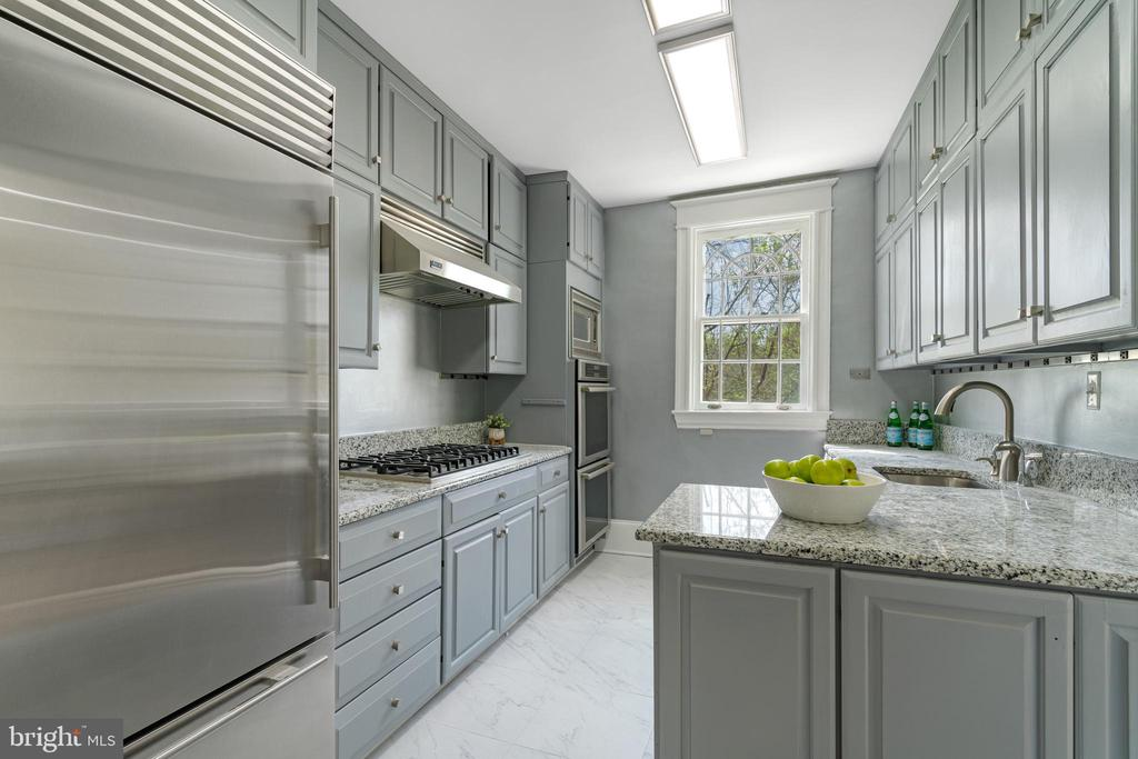 Kitchen - 2358 MASSACHUSETTS AVE NW, WASHINGTON