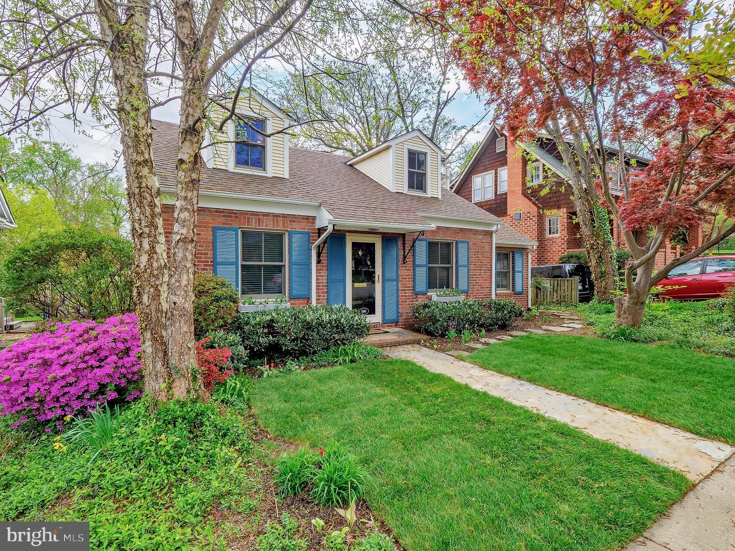106 HOWELL AVENUE, ALEXANDRIA, Virginia 22301, 4 Bedrooms Bedrooms, ,2 BathroomsBathrooms,Residential,For Sale,HOWELL,VAAX258478