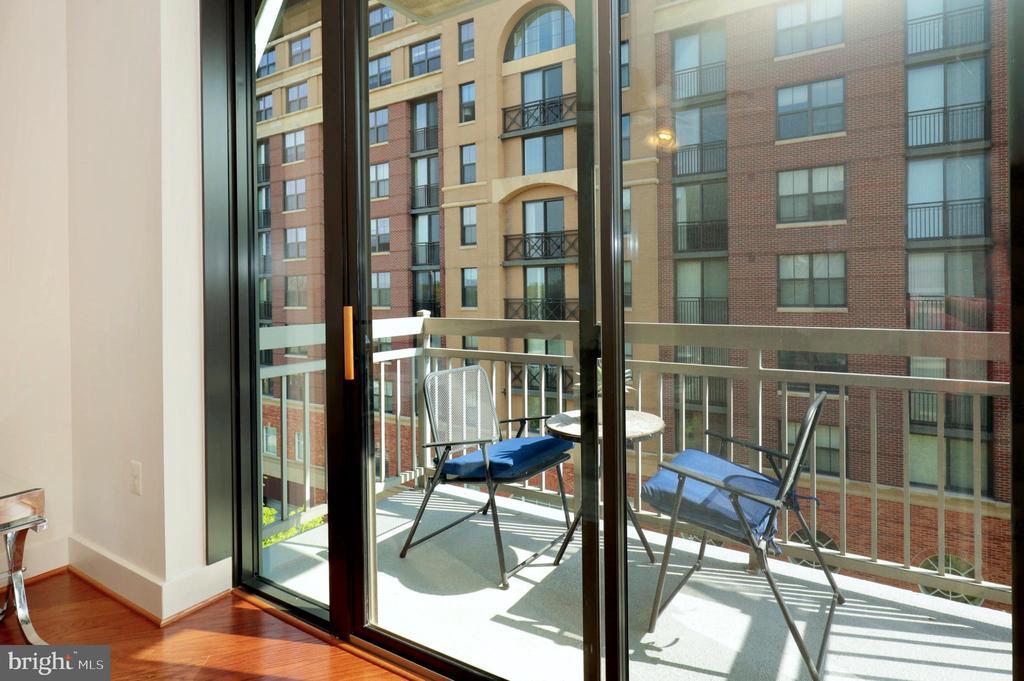 Balcony - 1200 N HARTFORD ST #502, ARLINGTON