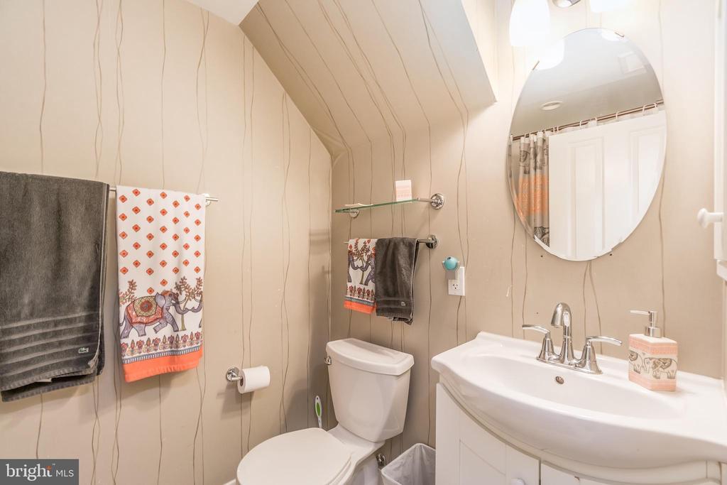 Second bathroom, Unit 1 - 1723 19TH ST NW, WASHINGTON