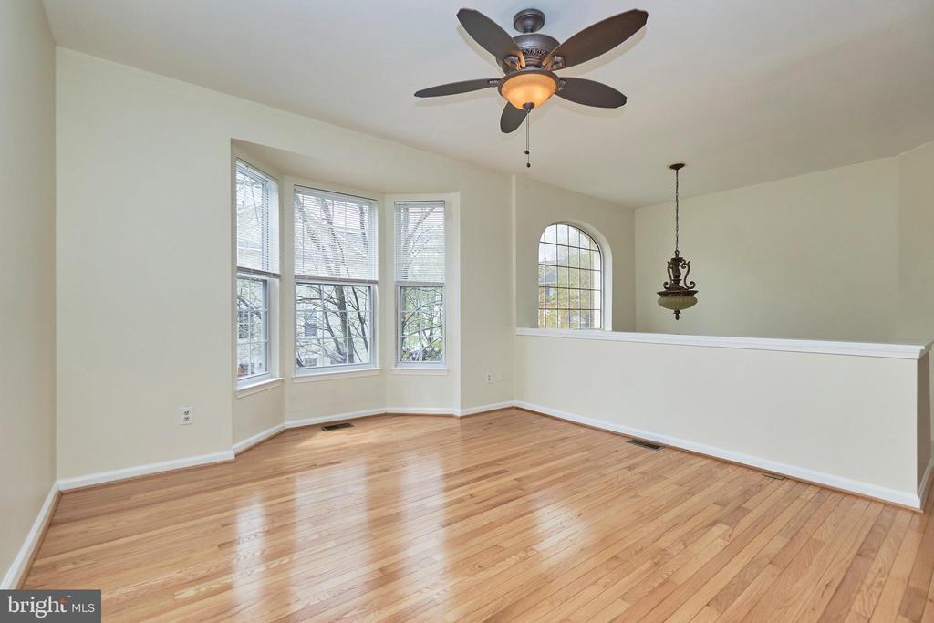 Refinished hardwood floors - 11436 ABNER AVE, FAIRFAX