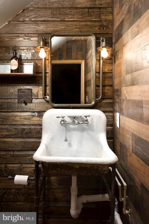 Bathroom in Jack's Barn - 20857 ASHBURN RD, ASHBURN