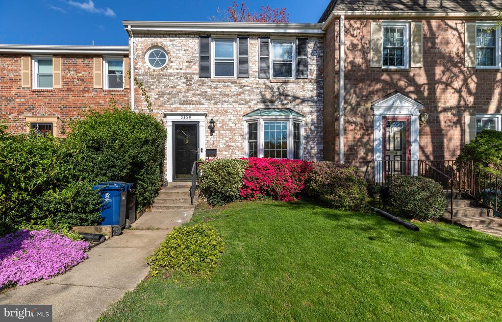 Front of House - 2309 N SIBLEY ST, ALEXANDRIA