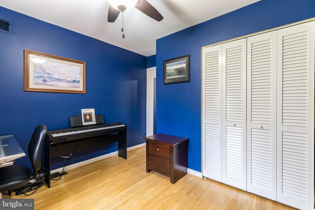 Third Bedroom/Office - 2309 N SIBLEY ST, ALEXANDRIA