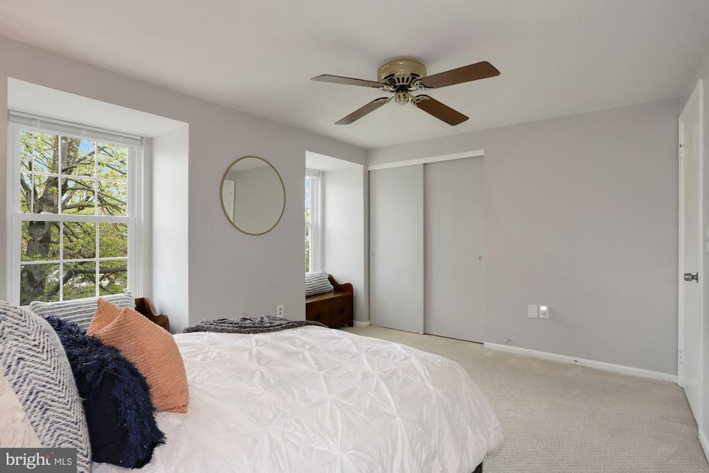 Ample Closet Space - 81 SOUTHALL CT, STERLING