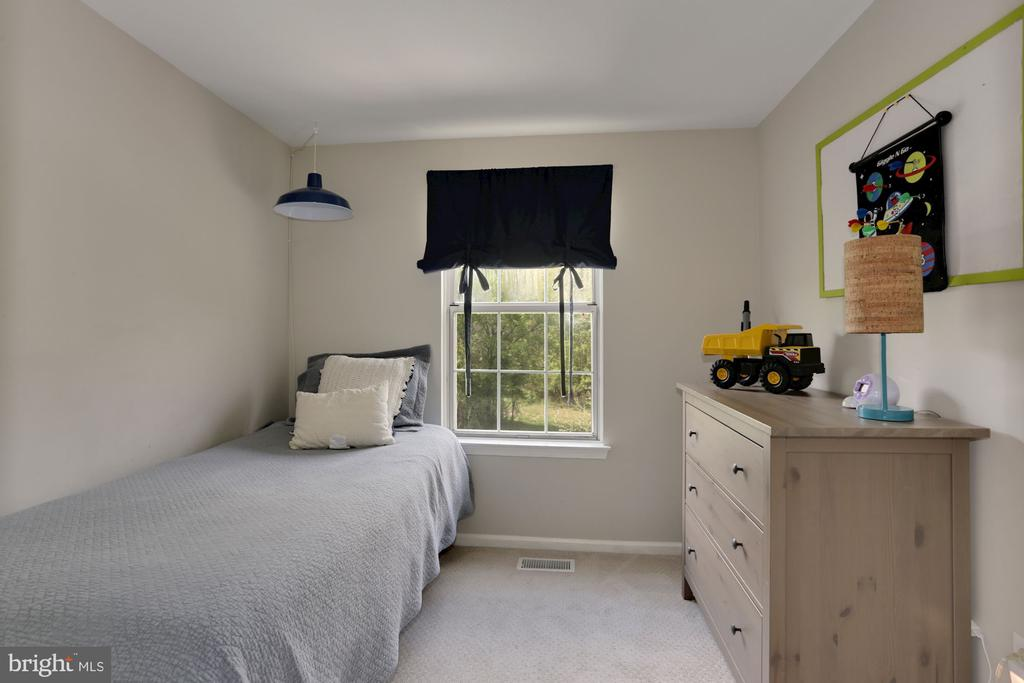 Third Bedroom - 81 SOUTHALL CT, STERLING