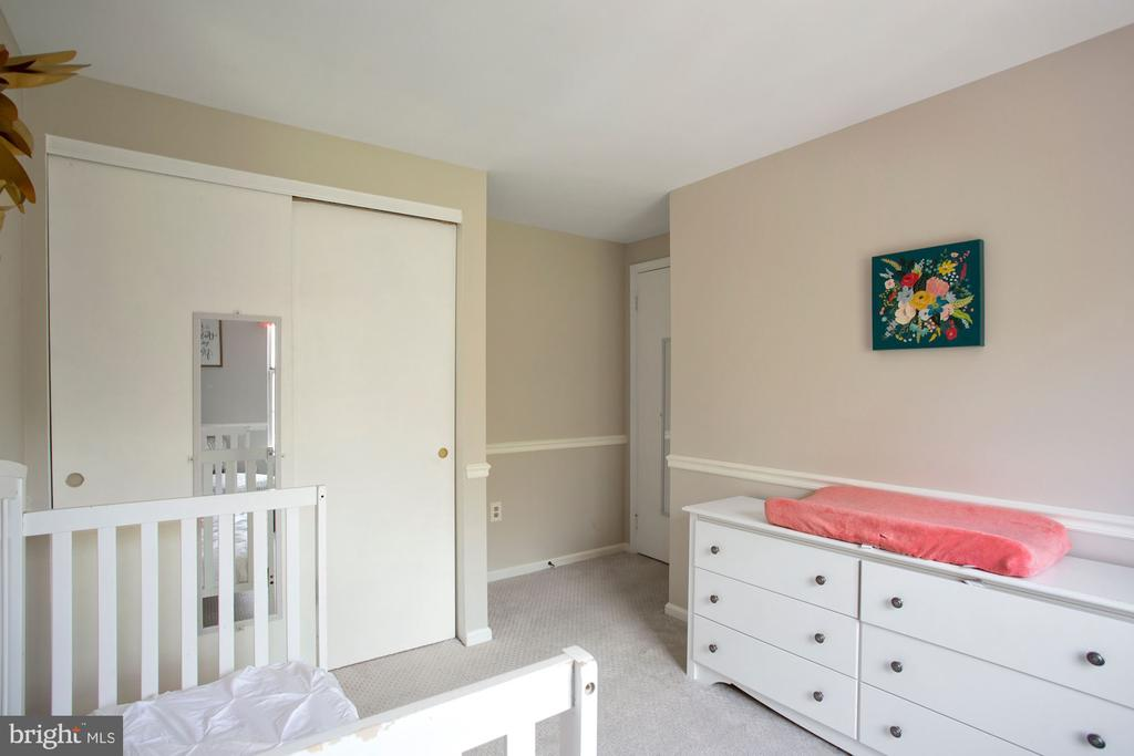 Second Bedroom - 81 SOUTHALL CT, STERLING