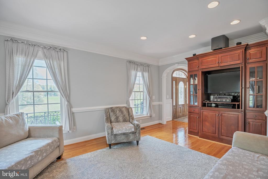Living Room is Elegant - 12620 CHEWNING LN, FREDERICKSBURG