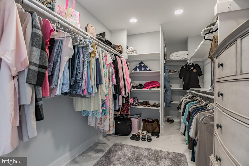 Walk in Closet - 12620 CHEWNING LN, FREDERICKSBURG