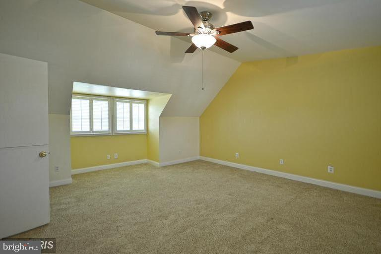 South Unit Bedroom #1 - 5806 FLANDERS ST, SPRINGFIELD