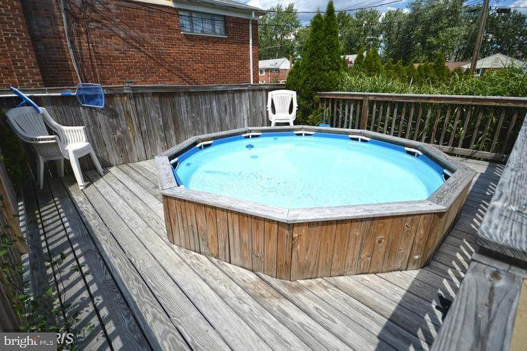 Private Personal Pool//Spa - 5806 FLANDERS ST, SPRINGFIELD