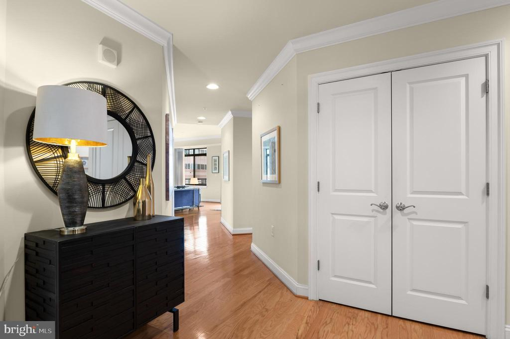 Stunning Penthouse unit with 1,884 SF - 3625 10TH ST N #903, ARLINGTON