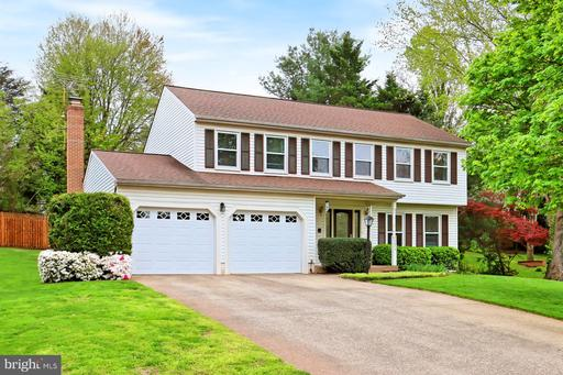 20074 GREAT FALLS FOREST DR