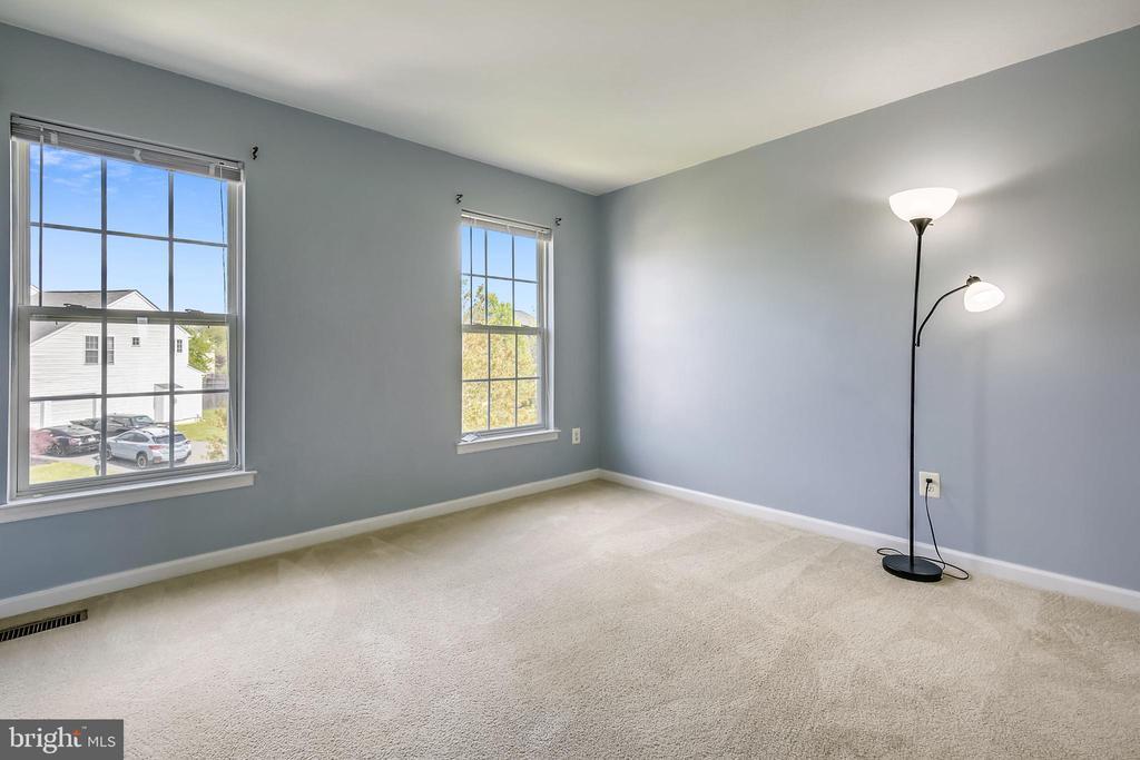 Bedroom 4 - 39 HOUSER DR, LOVETTSVILLE