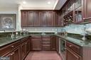 Basement Bar: granite, sink, wine rack,& cooler - 18362 FAIRWAY OAKS SQ, LEESBURG