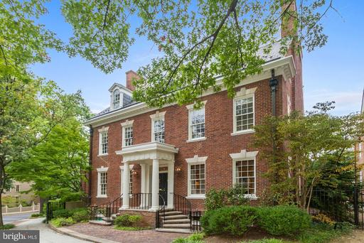 6 KALORAMA CIR NW