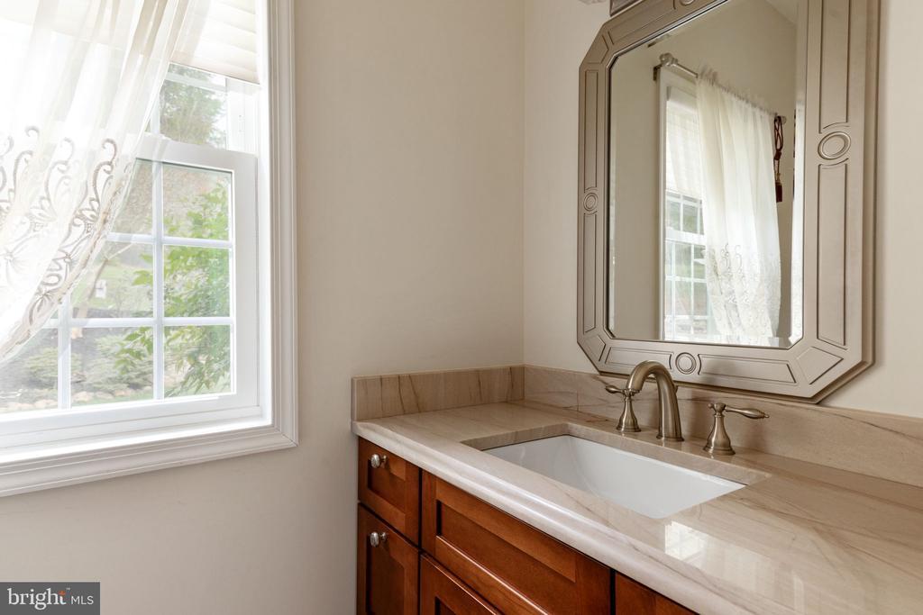 Second Main Level Powder Room off of Kitchen - 2405 OAKMONT CT, OAKTON