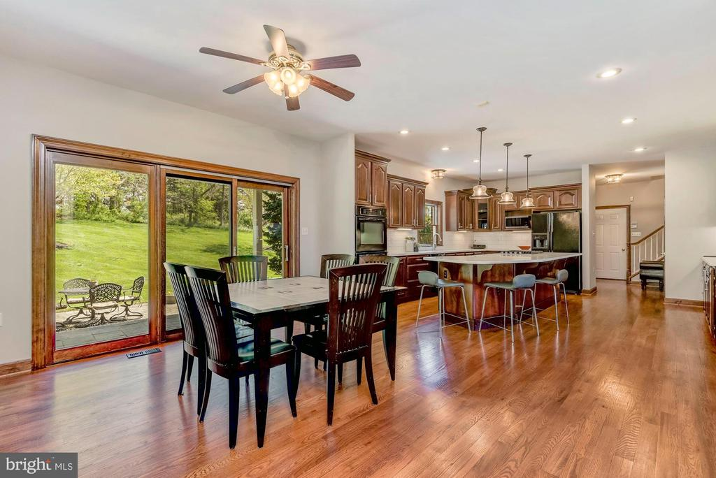 Breakfast Room | Access to Outdoor Oasis - 8329 MYERSVILLE RD, MIDDLETOWN
