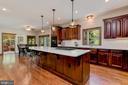 Gourmet Kitchen | Hardwood Floors - 8329 MYERSVILLE RD, MIDDLETOWN