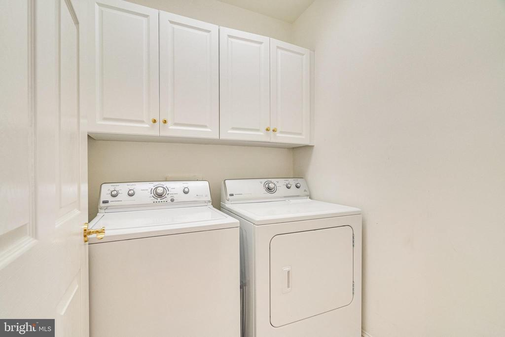 Laundry - 1315 14TH ST N, ARLINGTON