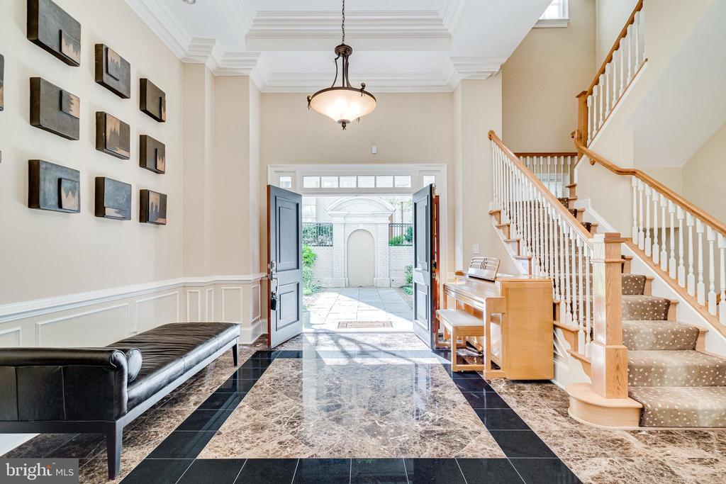 Stunning marble foyer. - 1315 14TH ST N, ARLINGTON