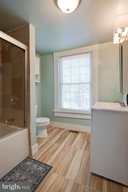 Fully renovated - 1951 MILLWOOD RD, MILLWOOD