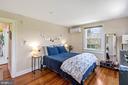 Upper-Level Spacious Bedroom - 804 CHARLES ST, FREDERICKSBURG