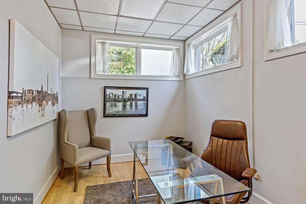 North Office #3 - 804 CHARLES ST, FREDERICKSBURG