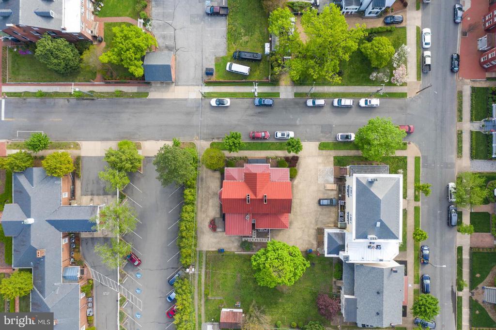 Charles and Hanover Street - 804 CHARLES ST, FREDERICKSBURG