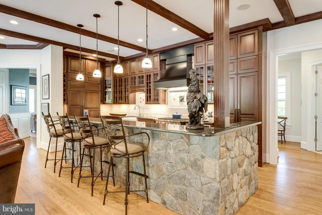 Sit at the bar & watch the chef do their magic! - 815 BLACKS HILL RD, GREAT FALLS