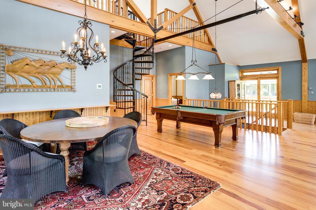 Dining/Game table & billiard - 815 BLACKS HILL RD, GREAT FALLS