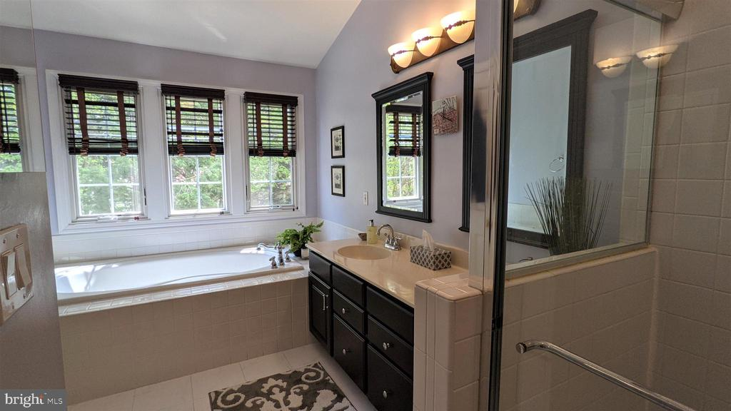 Primary Bath with Separate Shower - 10481 COURTNEY DR, FAIRFAX