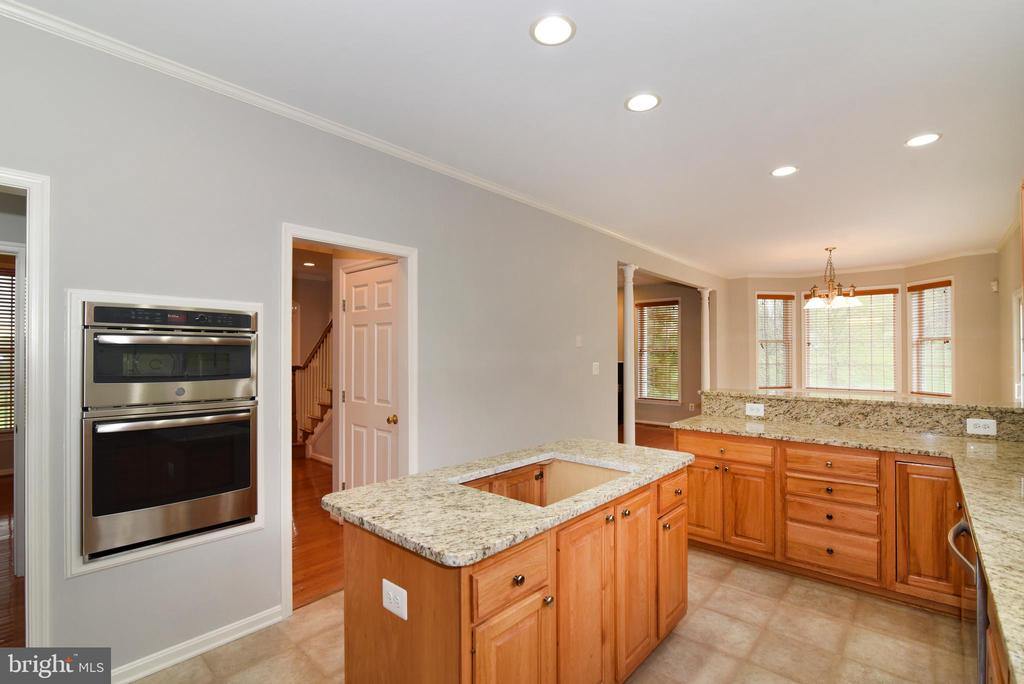 Kitchen - 16820 CLARKES GAP RD, PAEONIAN SPRINGS