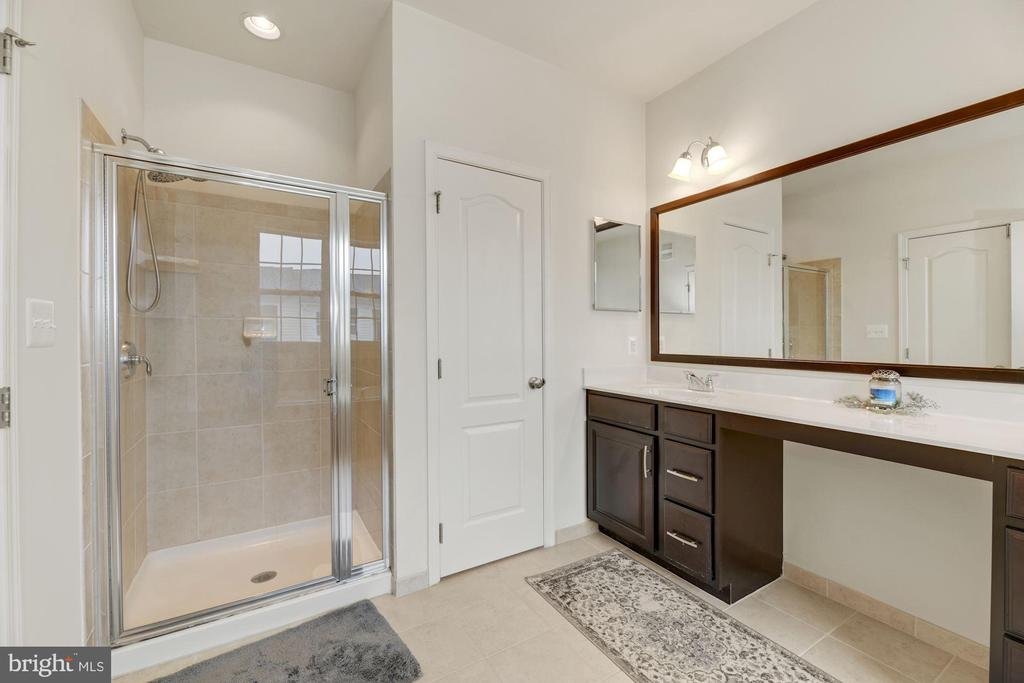 Primary Bathroom Features a Separate Shower, Too! - 43213 THOROUGHFARE GAP TER, ASHBURN