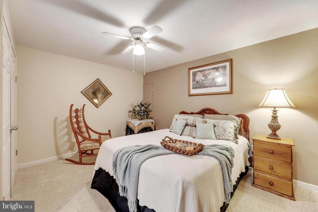 Den or NTC 5th Bedroom - 16660 MALORY CT, DUMFRIES