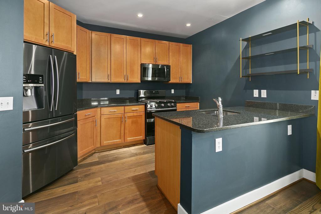 Residential Condo Kitchen - 1800 WILSON BLVD #128, ARLINGTON