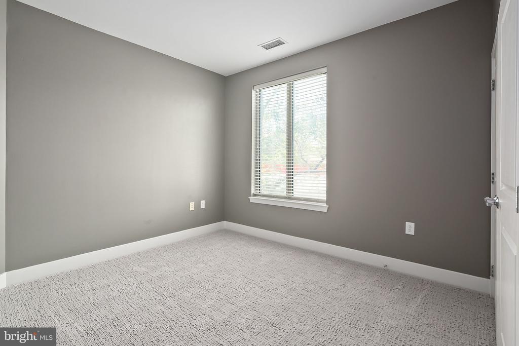 Bedroom 1 - 1800 WILSON BLVD #128, ARLINGTON