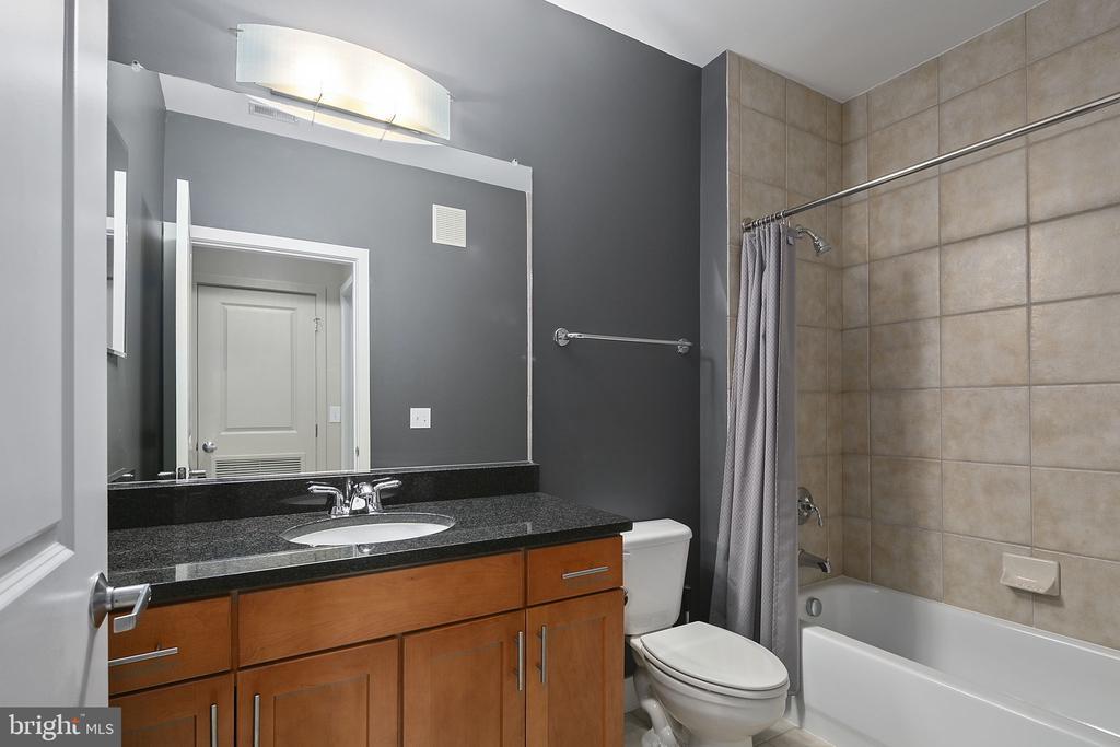 Residential Condo Full Bath 2 - 1800 WILSON BLVD #128, ARLINGTON