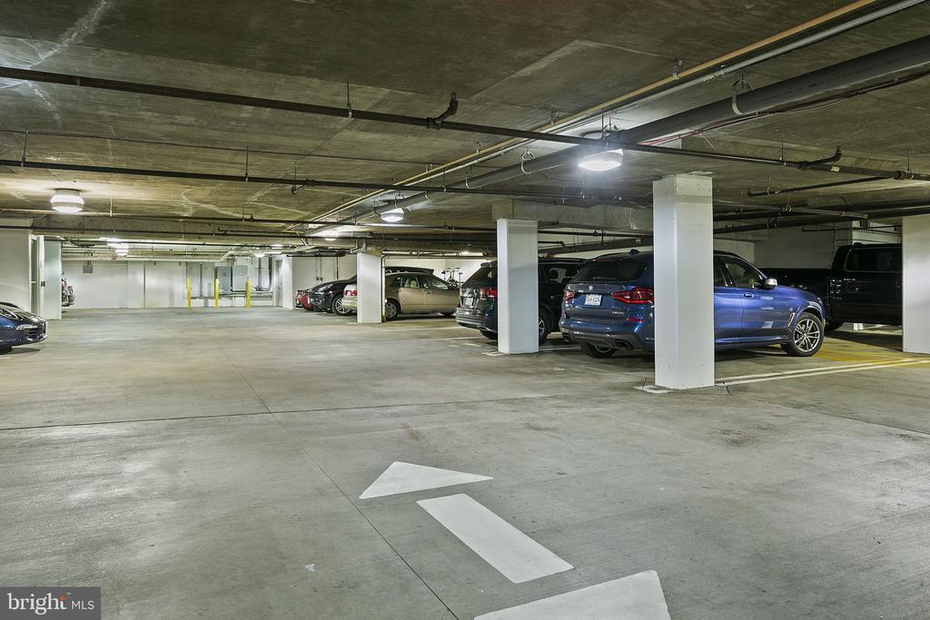 Garage parking - 1800 WILSON BLVD #128, ARLINGTON