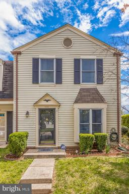 5925 GRISBY HOUSE CT