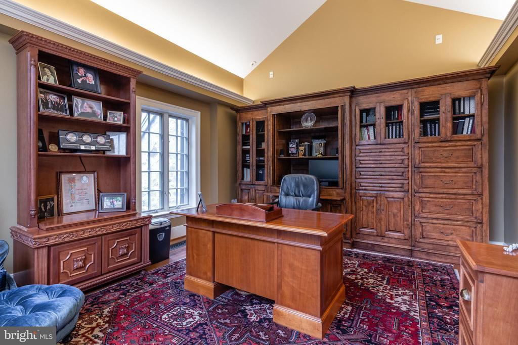 Office/Study - 830 HERBERT SPRINGS RD, ALEXANDRIA