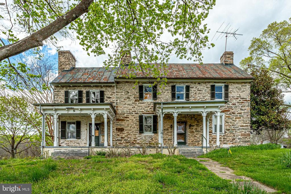 Own a piece of History - 19525 TELEGRAPH SPRINGS RD, PURCELLVILLE