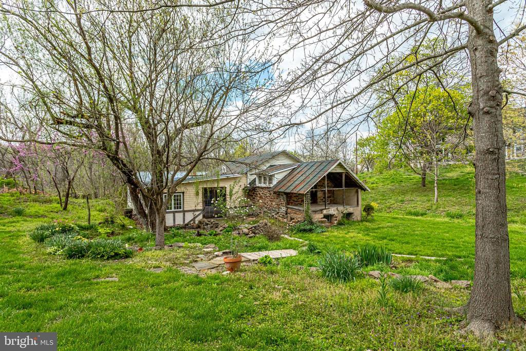 The springhouse has an addition also - 19525 TELEGRAPH SPRINGS RD, PURCELLVILLE