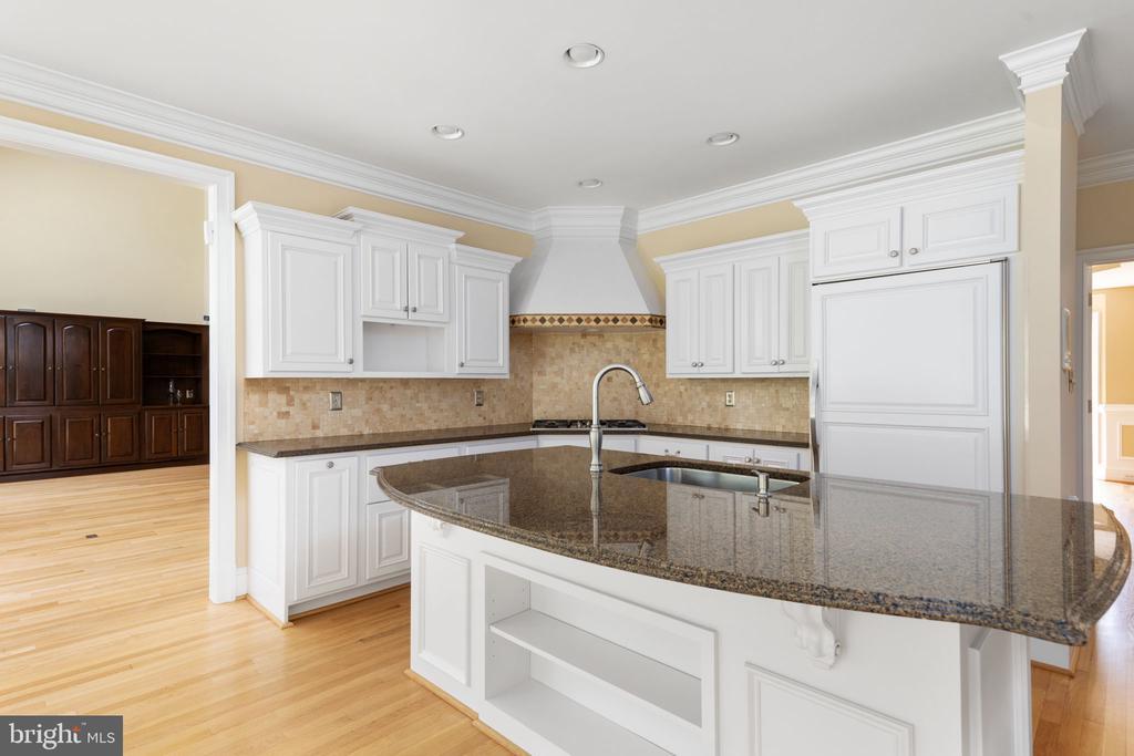Kitchen with Sub Zero & Viking Appliances - 2405 OAKMONT CT, OAKTON