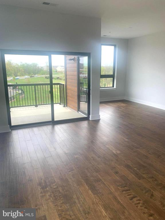 Terrace off of living space - 44691 WELLFLEET DR #304, ASHBURN