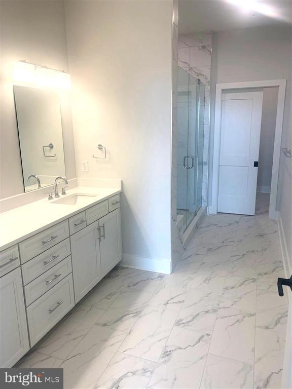 Luxury Primary Bath - 44691 WELLFLEET DR #304, ASHBURN