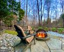 Stone firepit to enjoy evenings with friends - 2108 OWLS COVE LN, RESTON