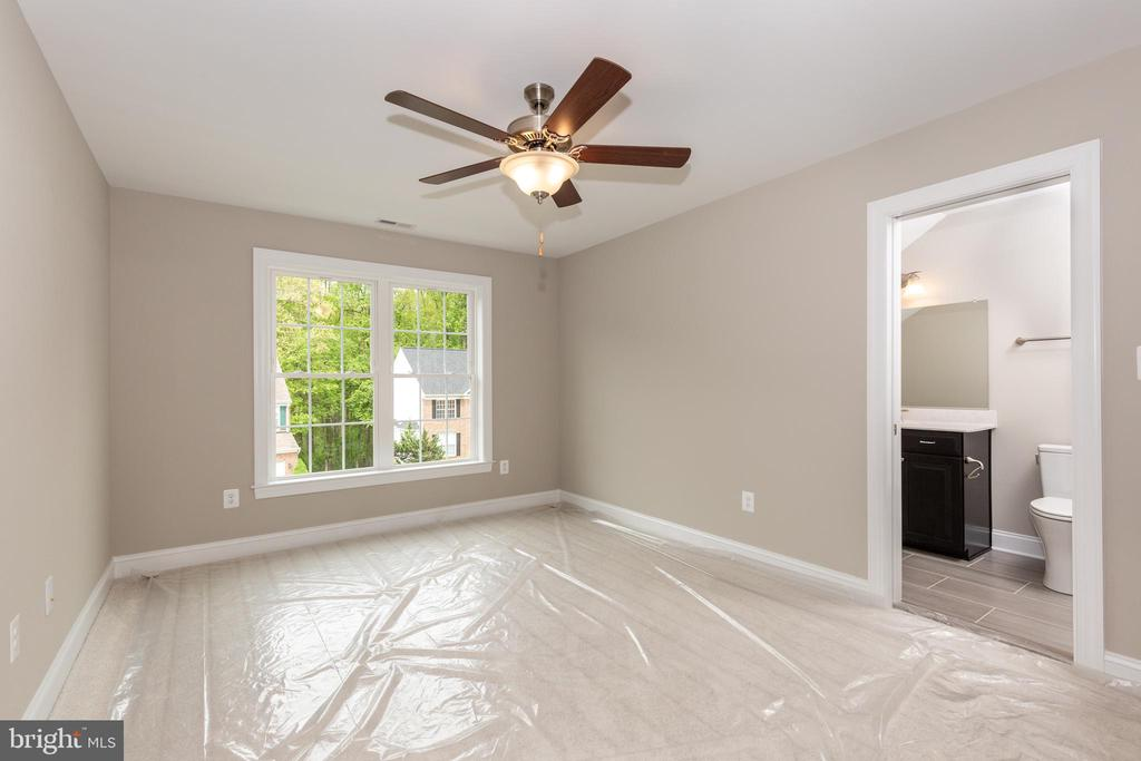 Optional 3rd bth - For illustrative purposes only. - HOMESITE 3 FLORENCE RD, MOUNT AIRY