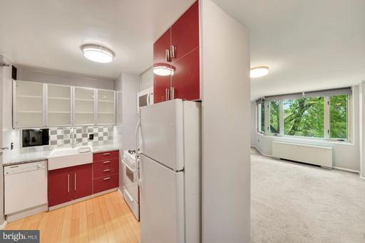 2800 WISCONSIN AVE NW #308